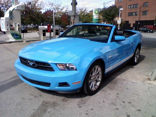 blue mustang convertable