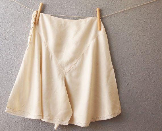 années 1940 des sous-vêtements en soie, pantalon culotte slips, soie de…