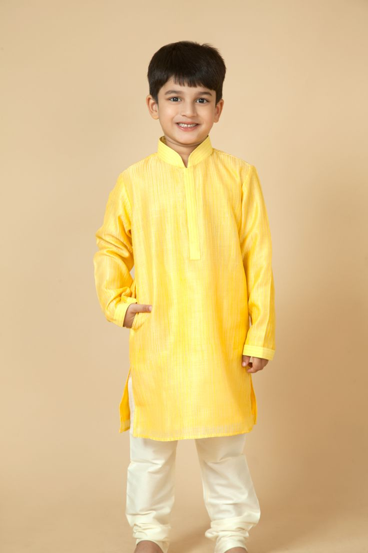 Chanderi kurta churidar embellished with thread work. Item number KB15-27