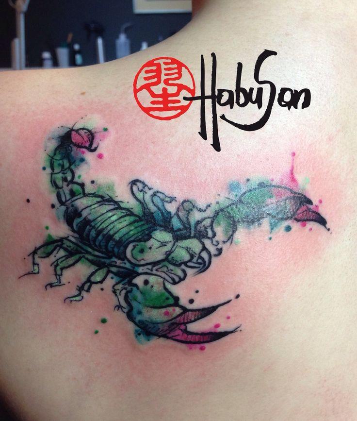 die besten 17 ideen zu skorpion tattoo auf pinterest. Black Bedroom Furniture Sets. Home Design Ideas