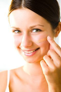 Vitamin-E oil applied daily helps prevent acne scab scars.