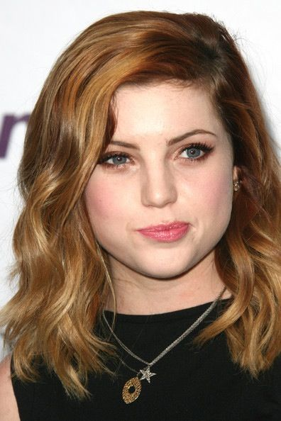 Sydney Sierota I Really Love Her Hair And Makeup And Clothes Just Everything About Her Hair
