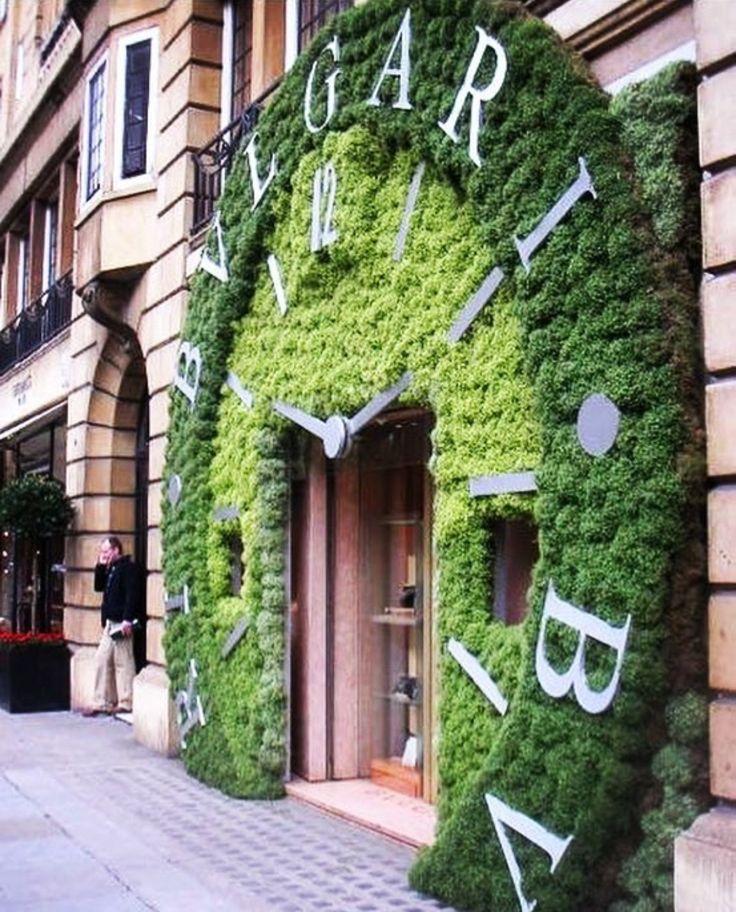 Via @adesignersmind 🌳 #worldsuniquedesigns #loveit #decor #design #designer #designlove #decorating #bvlgari #brand #exterior #shopdesign #green #natural #designing #designlife #designinspiration #street #likepost #likelikelike