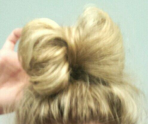 SIMPLE DIY 1 MINUTE BOW BUN. 1. Pull hair up into a normal bun. 2. Pull back middle piece and pin it :) should look as pictured above! Voila! #bun #bun #diy #simple #oneminute #one #minute #cute #creative #effortless #long #medium #short #long #length