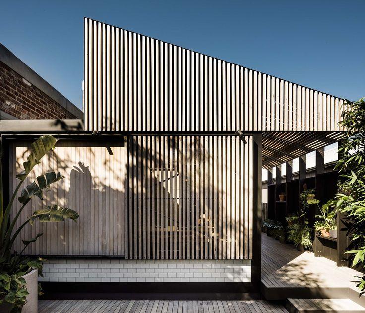 Gallery of Light Corridor House / FIGR Architecture & Design - 3