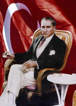 Mustafa Kemal Atatürk - www.turkosfer.com