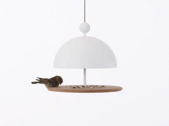 http://www.digsdigs.com/contemporary-bird-feeders-in-shapes-of-tableware/ #fågelmatare birdbox.se