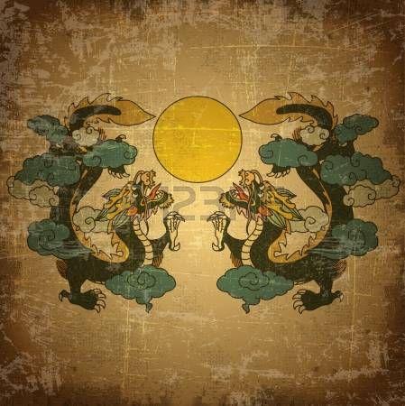 dragon chino: Dragón chino en el fondo de papel viejo del grunge
