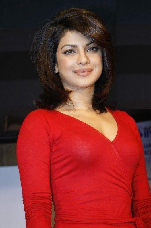 Priyanka Chopra Height, Weight, Age, Body Statistics -7244