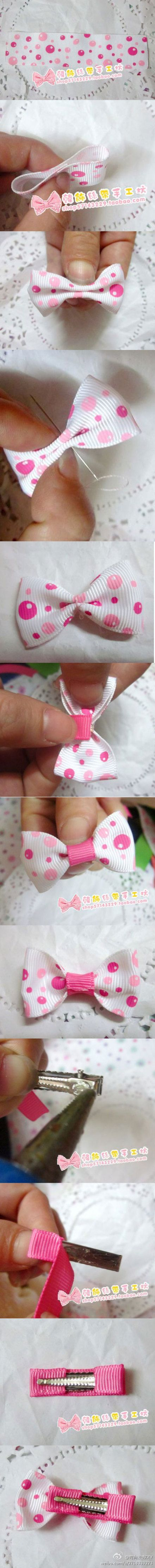 Small simple hair bow