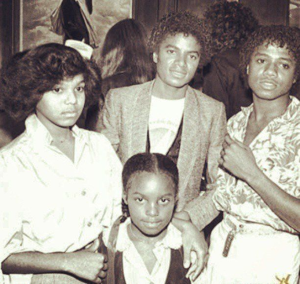Janet, Michael & Randy Jackson w/ their niece Stacee Brown