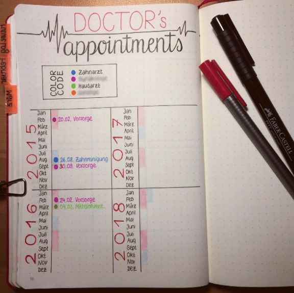 Need some tips and inspiration to get yourself organized and track your life in 2018? Here are 25  bullet journal layouts, spreads and collections to help you. #bujo #bulletjournal #journal