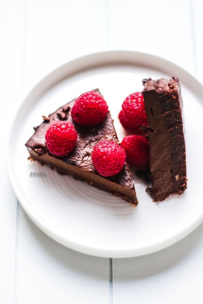 Vegan raw chocolate avocado cake