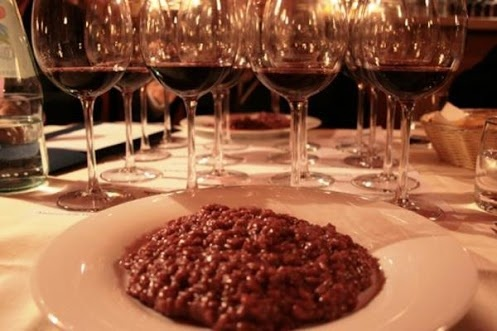Risotto Class near Venice Italy - The Art of Risotto Making at Mama Isa's Cooking Classes - A recipe that combine two of Verona most representative ingredients: Amarone wine and Vialone Nano Rice: Amarone Risotto http://isacookinpadua.altervista.org/cooking-classes.html
