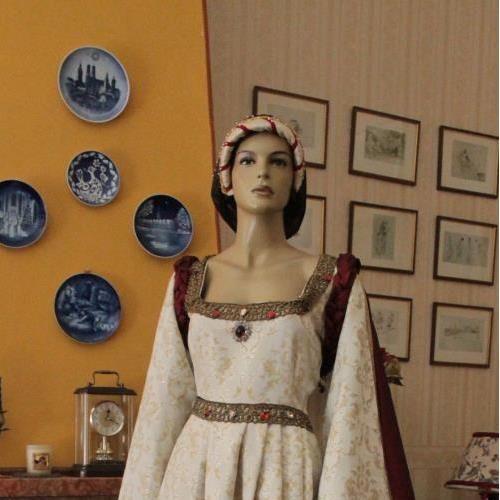 Abito storico ABITO COSTUME STORICO FEMMINILE 1450 ART. 009 - realizzato a mano