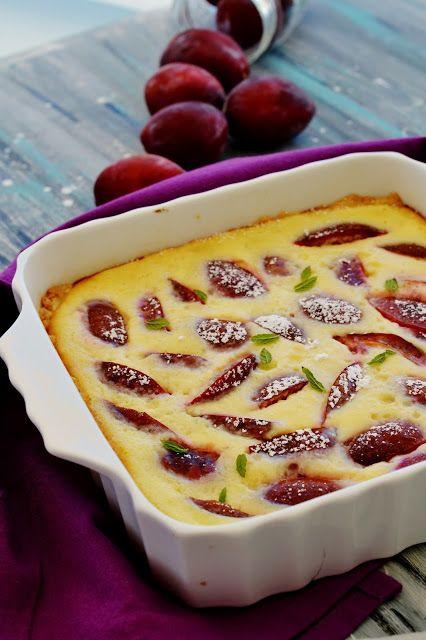 Crostata di prugne con frolla all'olio evo e crema con yogurt