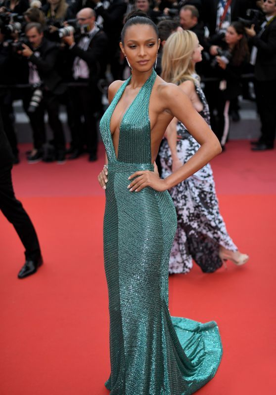 """7586daefb239 Lais Ribeiro – """"Solo  A Star Wars Story"""" Red Carpet in Cannes ..."""