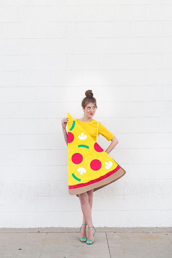 Yummy DIY Pizza Costume By Studio DIY: http://www.stylemepretty.com/living/2015/10/15/boo-studio-diys-best-cutest-halloween-costumes/ | Photography: Jeff Mindell - http://jeffmindellphotography.com/