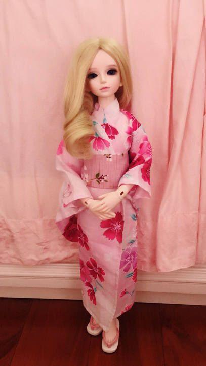 Japanese robe traditional KIMONO set for bjd asian floral print flower pink sakura msd 1/4 SD 1/3 yosd 1/6 yukata by ChocolateHandmade on Etsy https://www.etsy.com/listing/542928371/japanese-robe-traditional-kimono-set-for