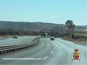 La Carretera Federal 45 o conocida como Carretera Panamericana, recorre el centro y norte de México, desde la frontera con los Estados Unidos con Ciudad Juárez, Chihuahua hasta la población de Portezuelo, Hidalgo; es una de las más importantes del país con 1,920 km. Cruza los estados de Chihuahua, Durango, Zacatecas, Aguascalientes, Jalisco, Guanajuato, Querétaro e Hidalgo. #ciudadjuarez