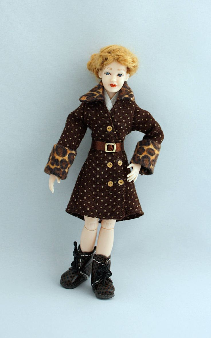"Wearable dollhouse coat and belt for 1/12 Heidi Ott 5.5"" slim doll. Free shipping!"
