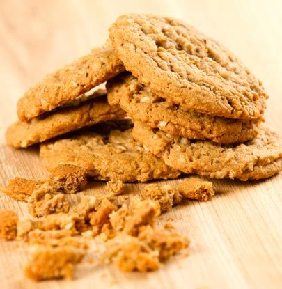 Guilt-Free Cinnamon Oatmeal Cookies - These chewy cookies hide a healthy side, and still taste sweet and indulgent. Kids and adults alike cannot resist.