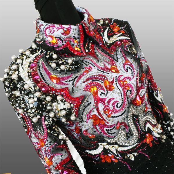 La Collezione di Anna - beautiful show shirt! I love the detail and the design