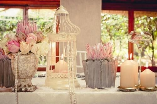 Pretty Proteas for every wedding day. Protea centerpiece