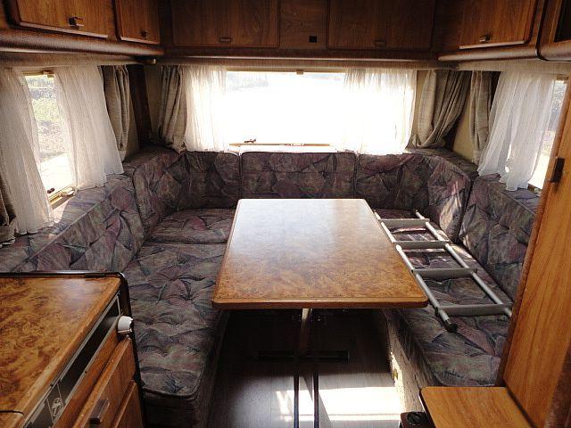 Les 25 meilleures id es de la cat gorie caravane eriba occasion sur pinterest sommelier - Salon de la caravane d occasion ...