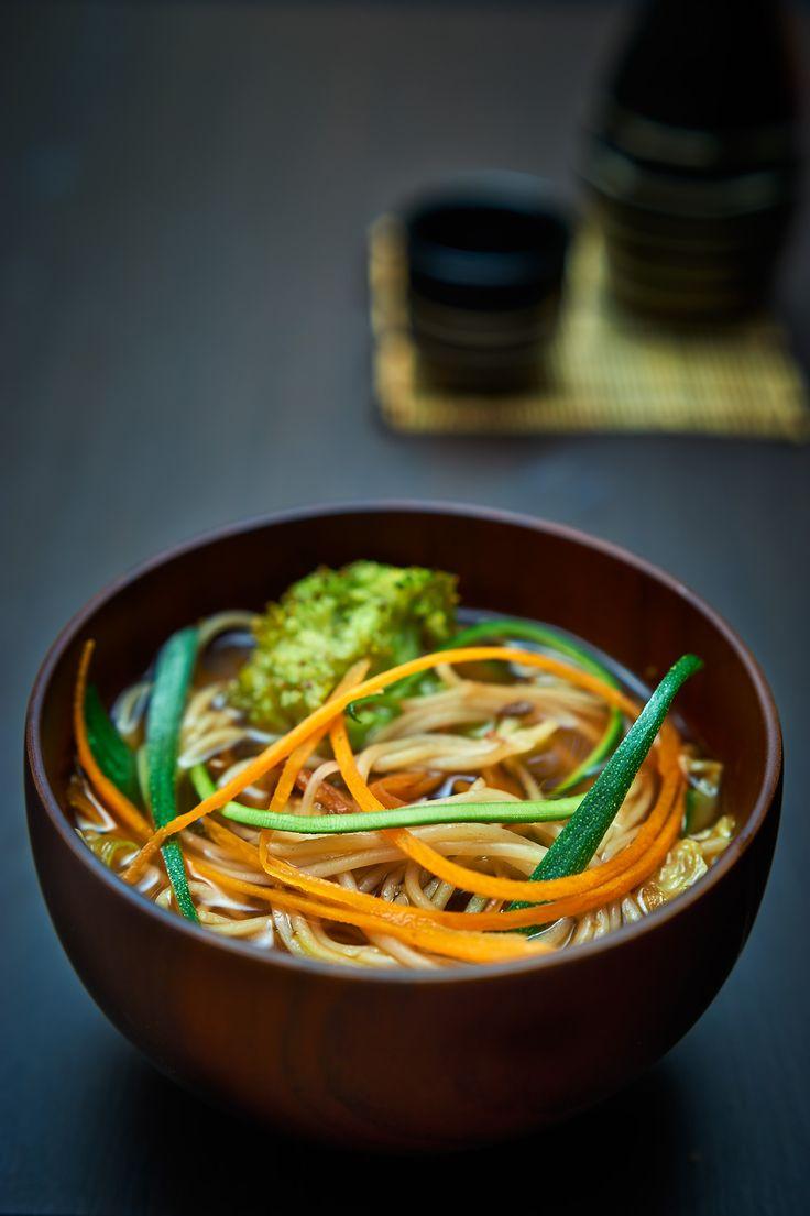 vegan udon  un piatto della tradizione giapponese che può scaldare le nostre giornate #vegan #udon #latavernadegliarna