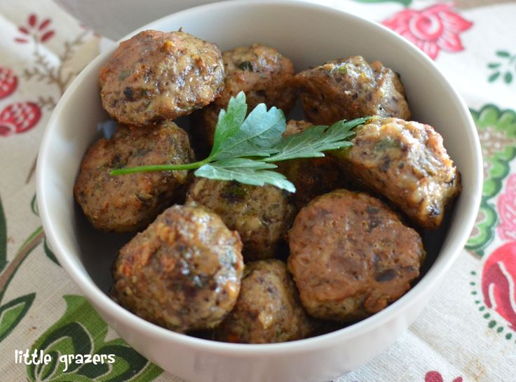 Chicken, Parmesan and Mushroom meatballs - these look delicious, but where do you get ground chicken?