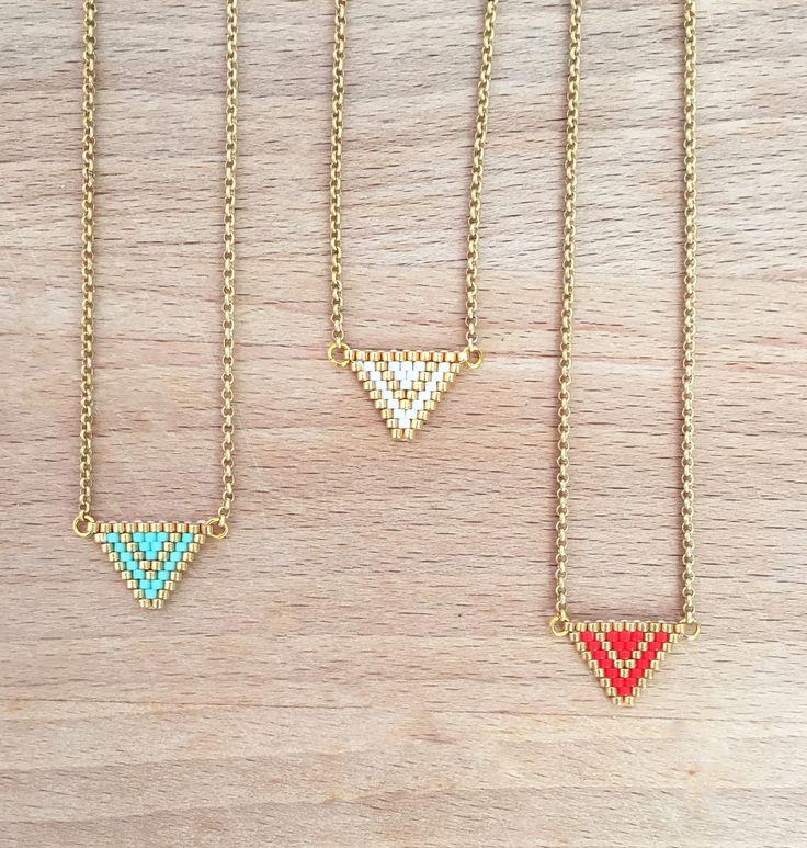 Collier Géométrique Triangle et Perles Tissées : Collier par an-ou-shka