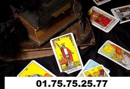 Cartomancie gratuite immédiate en ligne, tirer les cartes de tarot divinatoire et recevoir des prédictions détaillées sur votre lendemamin