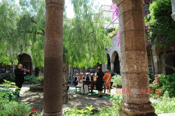 http://www.romeoandjuliet-weddings.com/weddings-in-sorrento.0.html