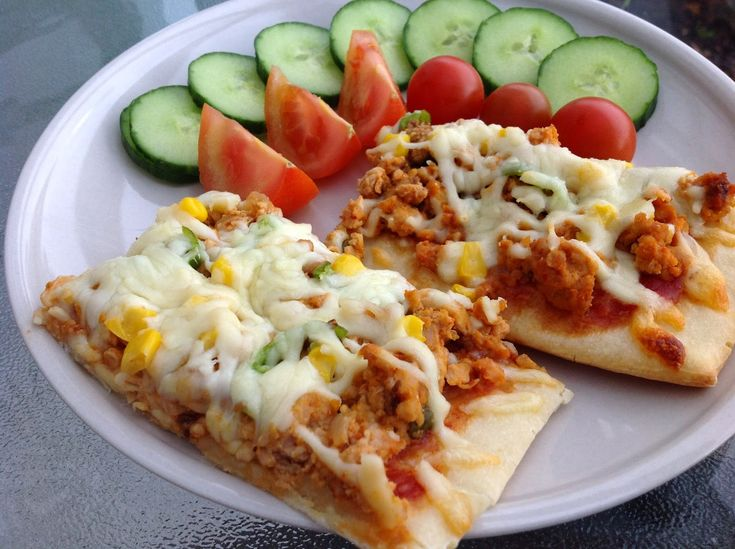 The Food Diary: Chicken and Sweetcorn Pizza