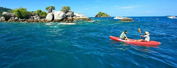 Most major beaches on Koh Phangan feature kayaks for rent and it's well worth exploring the beautiful coastline in this manner. #kayaking #kayaks #fun #explore