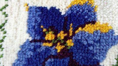 "100% WOOL VINTAGE RUG HANDMADE DECOR  Latch Hook Rug Large Pillow 18X19"" FLOWERS"