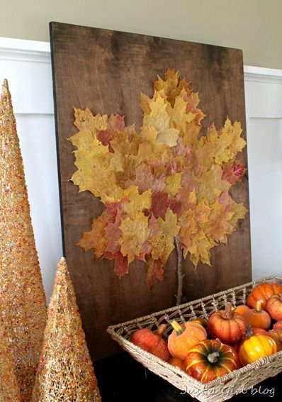 Fall leaf art: large Maple Leaf comprised of smaller leaves. This is so pretty (and so easy) I can't stand it!: