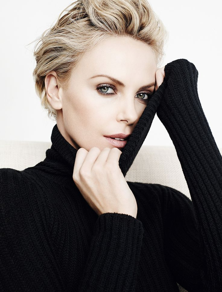Charlize Theron - for such a beautiful woman she sure does ugly well (Monster!)
