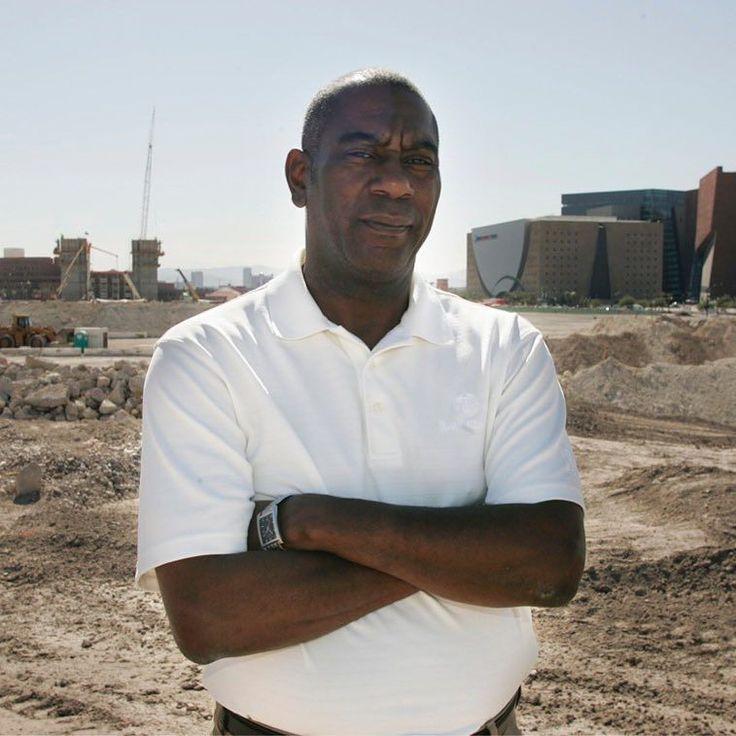 Las Vegas Activist Threatens Protest Of NFL Raiders Stadium Plans https://youtu.be/au1Hkjk5uAo