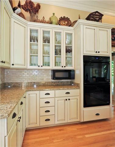 Under Cabinet Mounted Microwaves Countertop Microwave Ovens With