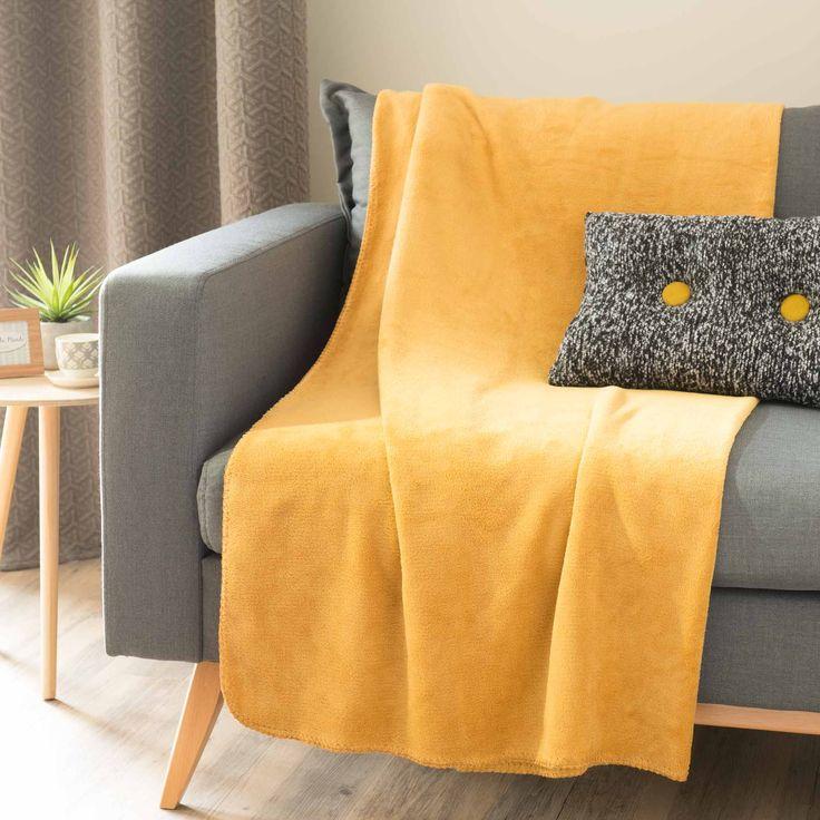 Plaid doux jaune moutarde 150 x 230 cm CHALEUR