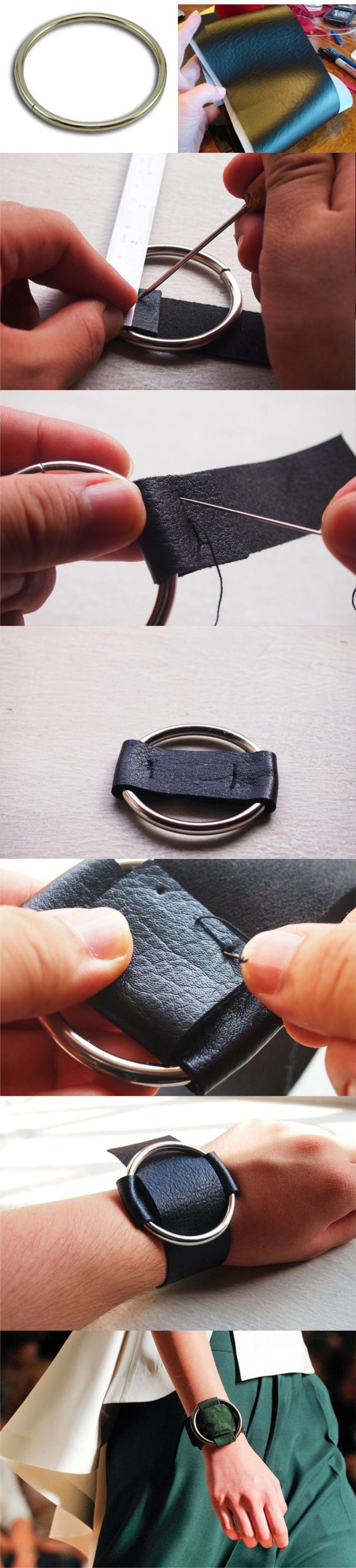 Ingeniosa pulsera a partir de un aro y tiras de piel / Via do-or-diy.blogspot.com