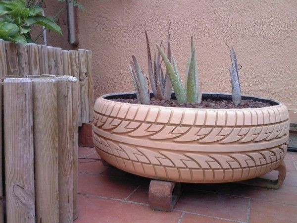 Tire planter - An original orchard with used tires