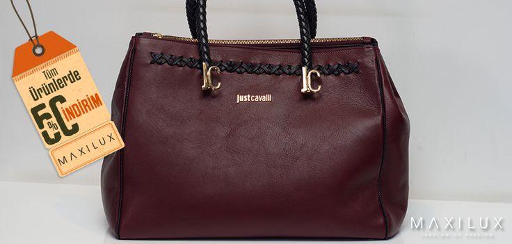 Çarpıcı bir stil için yılın rengini aksesuarlarınızda kullanmaya ne dersiniz? #Maxilux #Giyim #Moda #Marka #Çanta #Fashion #Brand #Bag