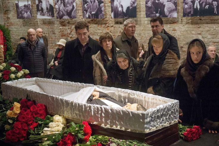 "Foto in ""Boris Nemtsov (9 October 1959 – 27 February 2015) was a Russian…"