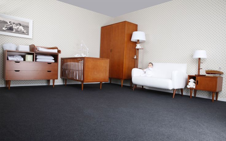 Babymöbler i retro stil http://www.vallaste.se/sv/405-kennedy-babym%C3%B6bler