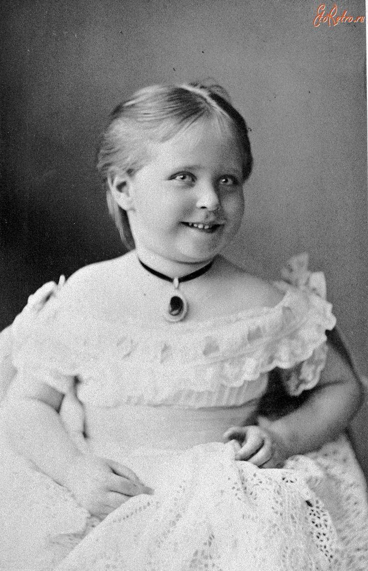 Принцесса Алиса Гессенская ( Императрица Александра Фёдоровна ) 1875