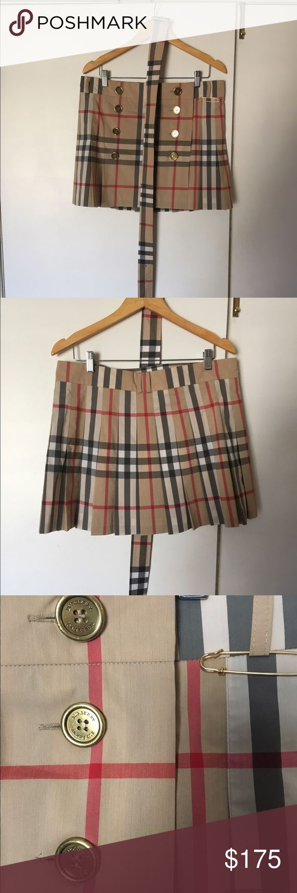 Summer Burberry skirt🎊Price drop! Authentic Burberry skirt, summer weight. Italian size 44 (L). Worn 2 times, dry cleaned. Perfect condition! I bought large to wear low on hips, still too large for me. Includes belt, safety pin. Burberry Skirts Mini