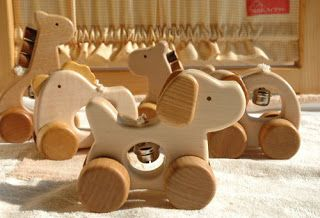 Japan to Door Blog: Made in Japan - Hand made wooden toys